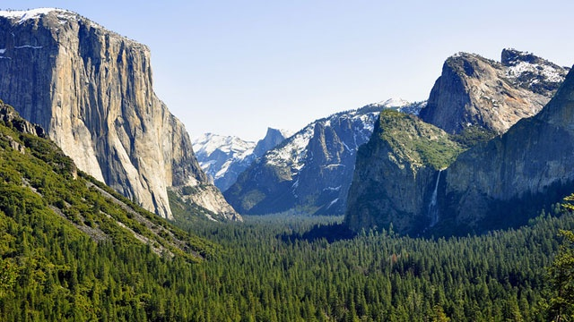 Woman killed by falling rock, ice at Yosemite National Park