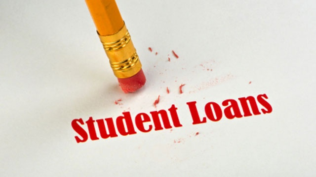 Trump rollbacks leave over 100K waiting on student loan relief
