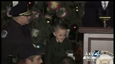 Colville student helps light Capitol Christmas Tree