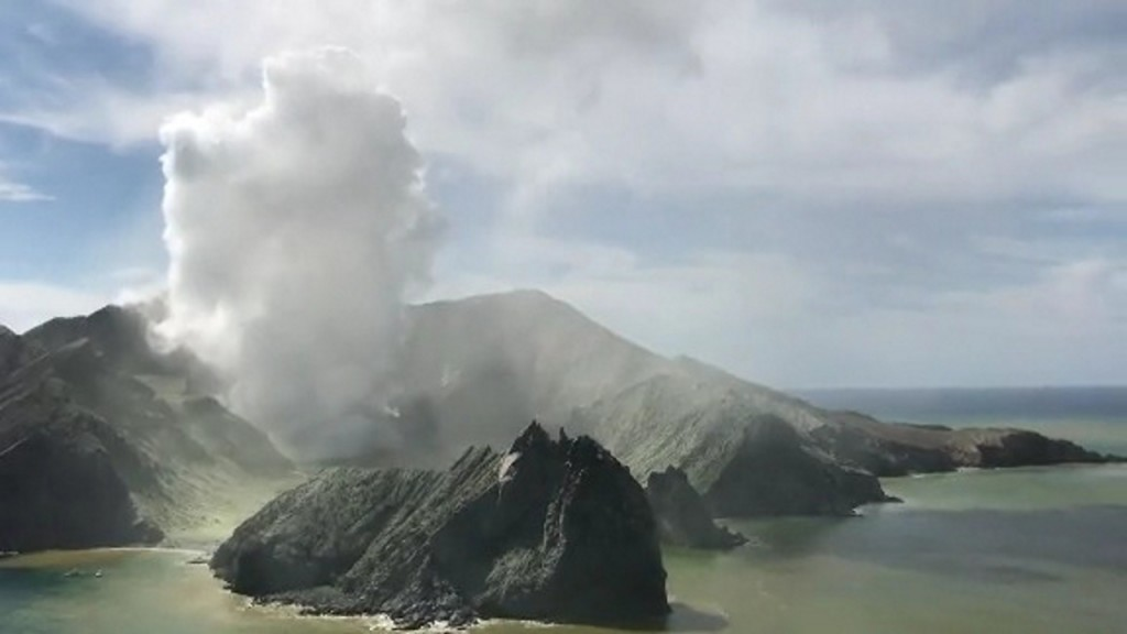 New Zealand volcano tour turns into nightmare