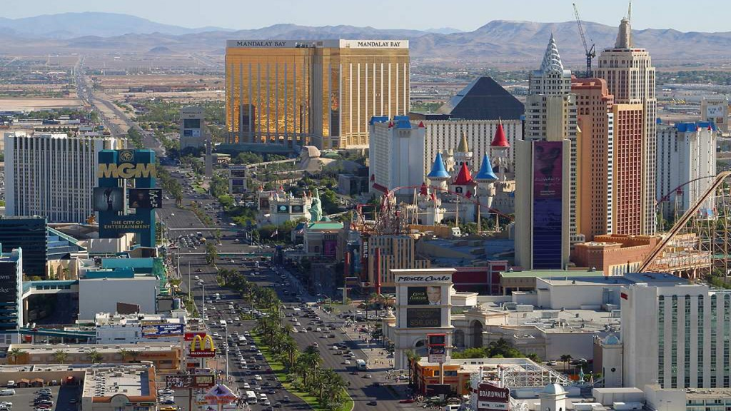 15 must-see attractions on the Las Vegas Strip
