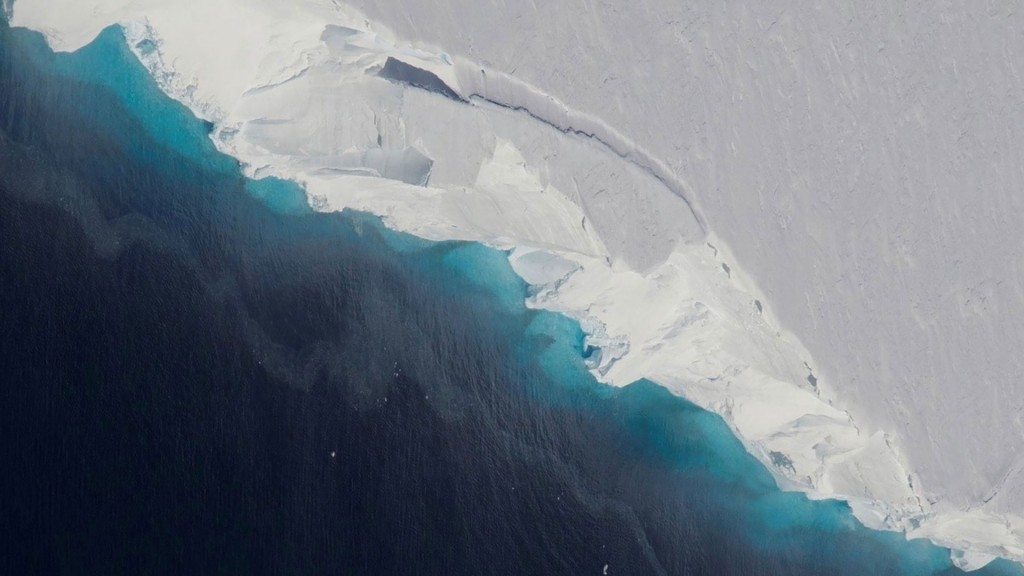 Hole two-thirds size of Manhattan found in Antarctic glacier