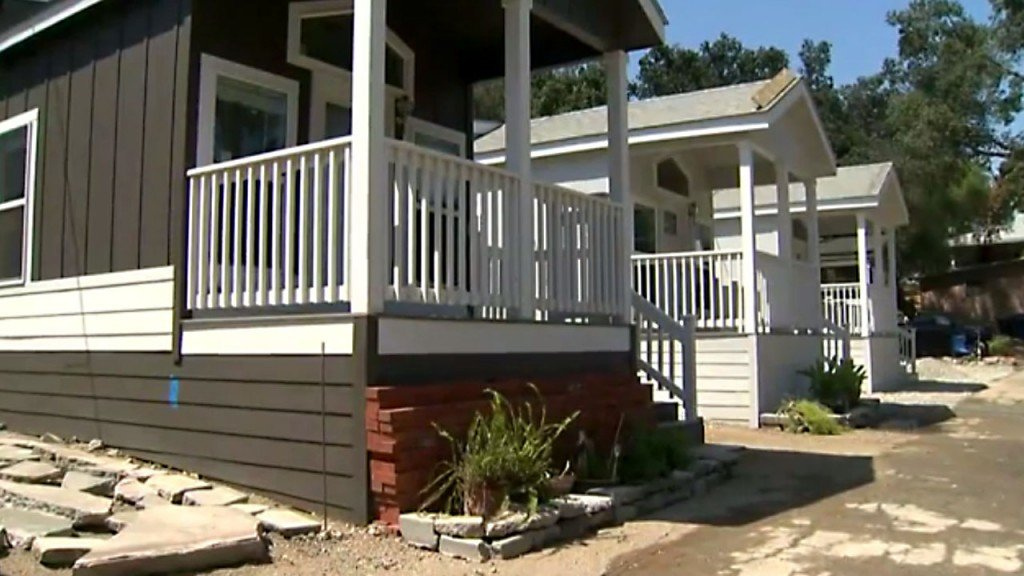 Woman wins tiny house in Maine lottery
