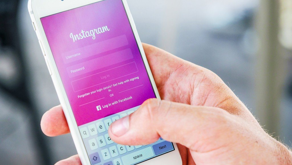 Influencers react to Instagram's big outage: 'It was a pain'