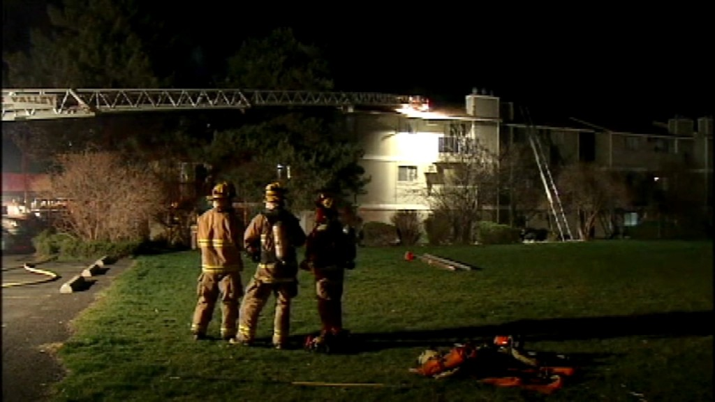 Two units damaged in early morning apartment fire