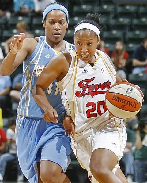 Former LC stars Redmon and January face off in WNBA