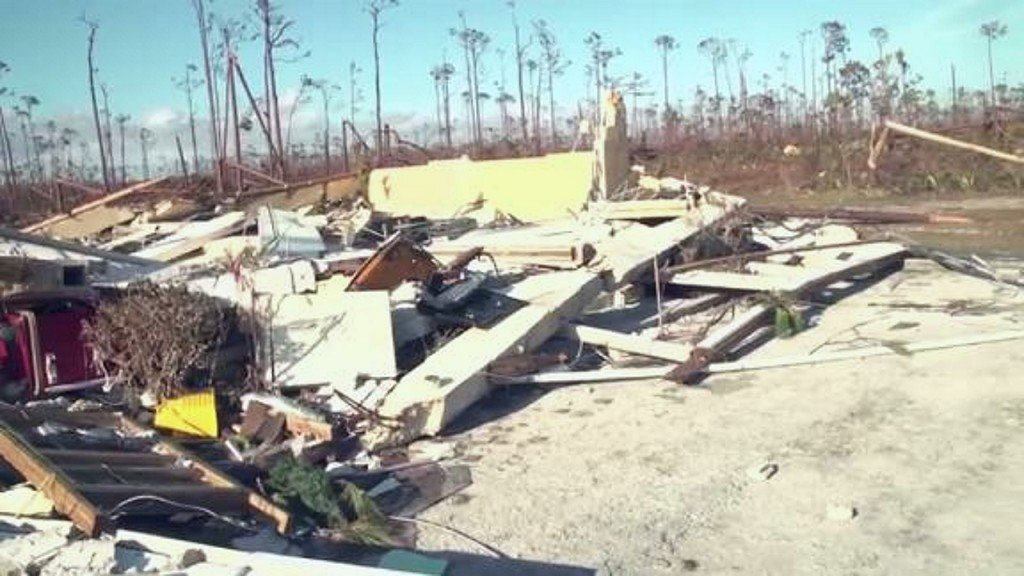 Evacuees describe devastation in Bahamas
