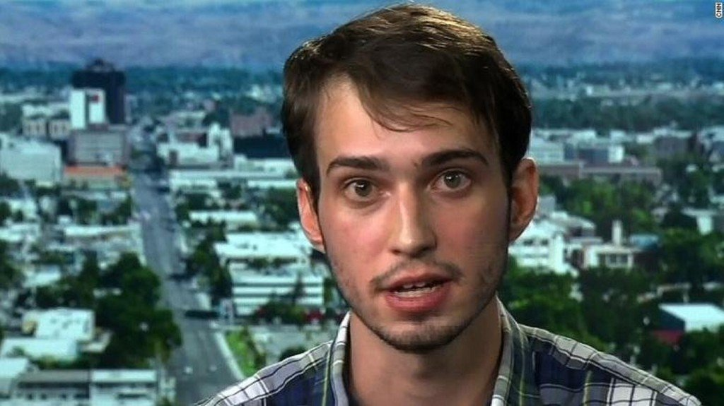 'Plaid shirt guy' on why he thinks he was removed from Trump rally