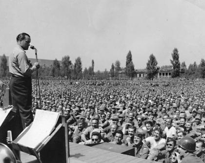 Remembering Bob Hope and the USO Show