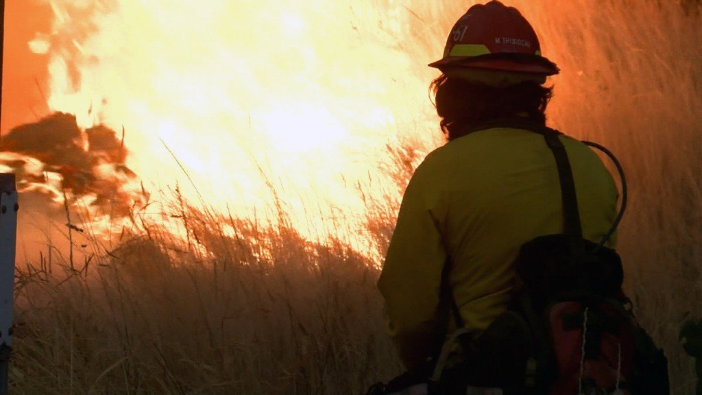 Wildfire races across Northern California counties, parts of I-5 closed