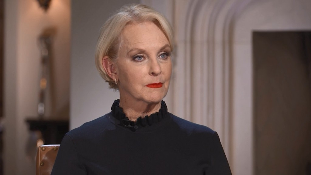 Cindy McCain says her husband would be disgusted by GOP