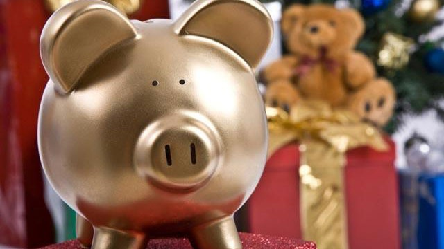 5 cheap, easy ways to catch holiday spirit