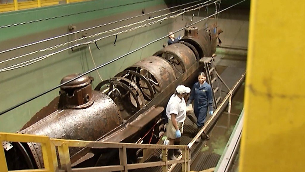 More human remains, clues found in Civil War submarine's conservation