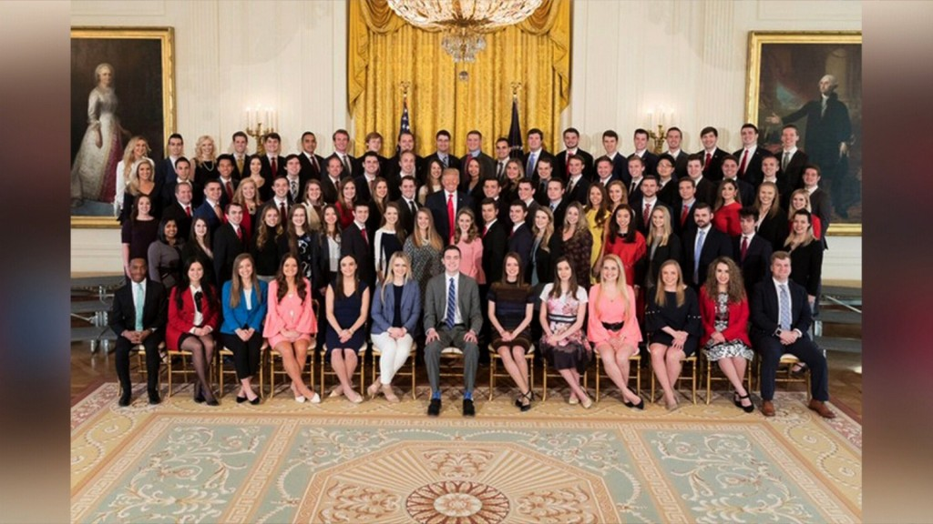 White House's new intern class criticized for lack of diversity