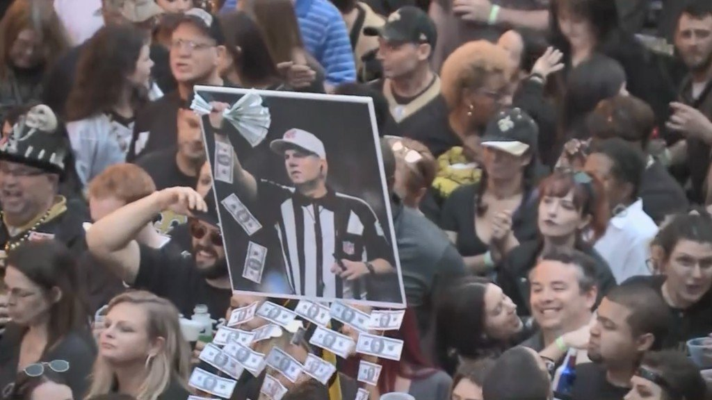 New Orleans Saints fans throw Boycott Bowl