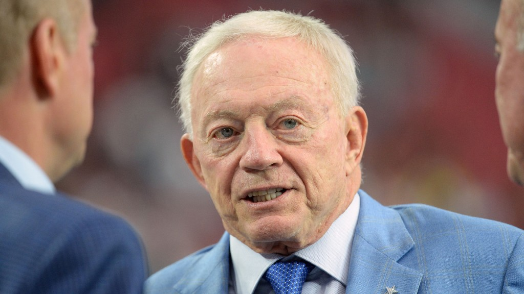 Report: Jerry Jones reimburses NFL $2M for legal fees