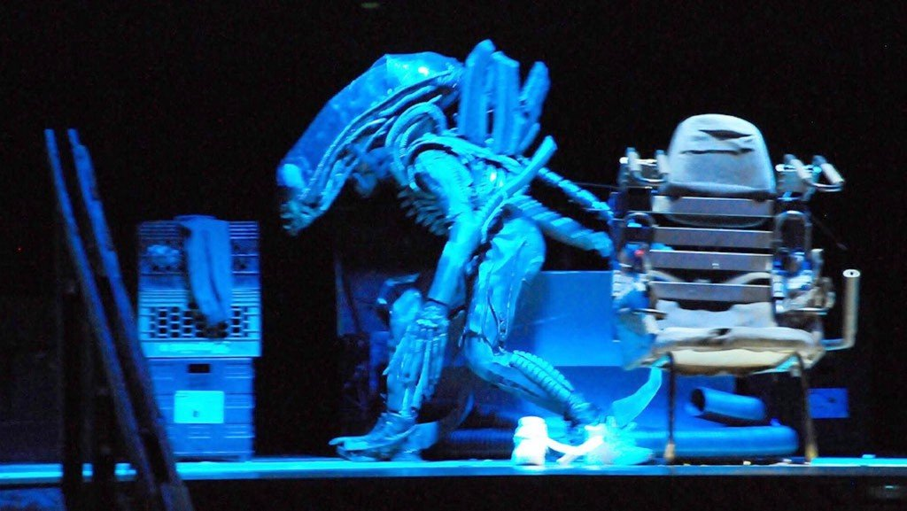 New Jersey high school's 'Alien' play is the talk of Hollywood