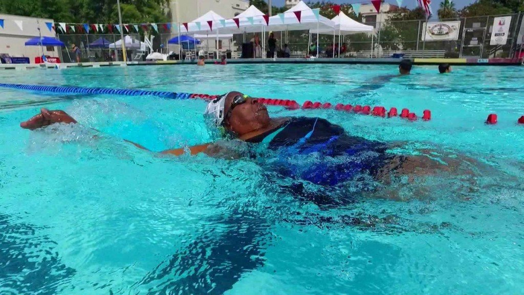 Blind woman saved her life by learning to swim — at 50