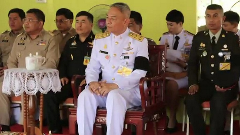 Thai King fires palace bedroom guards for 'violent conduct,' adultery
