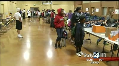Salvation Army passes out 4K backpacks to local families
