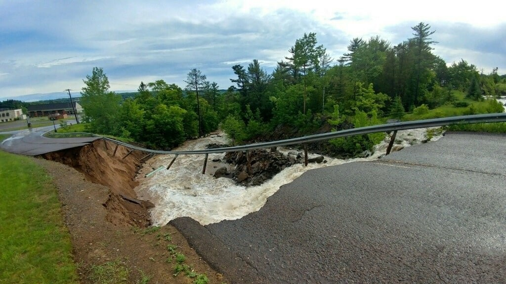 One dead after flooding in Wisconsin and Michigan