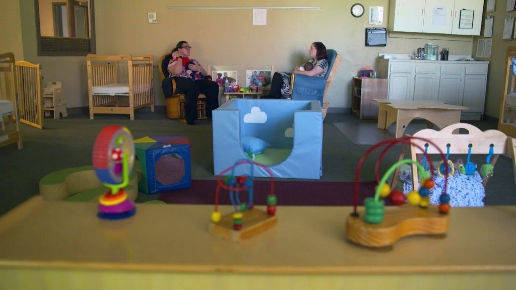 Babies exposed to drugs treated in special day care