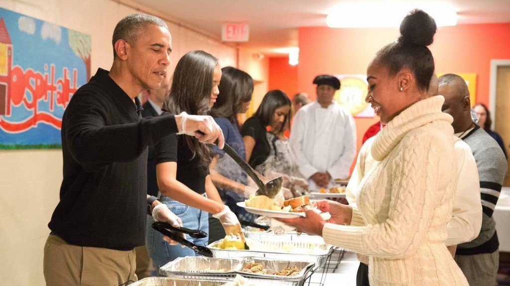 The Obamas share messages of gratitude on Thanksgiving