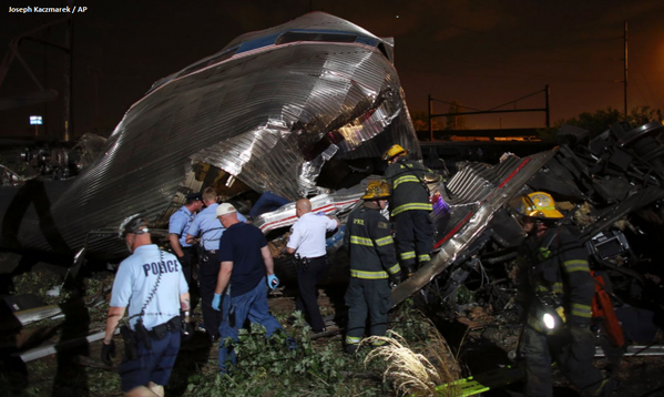 911 calls show chaos of Washington state train derailment