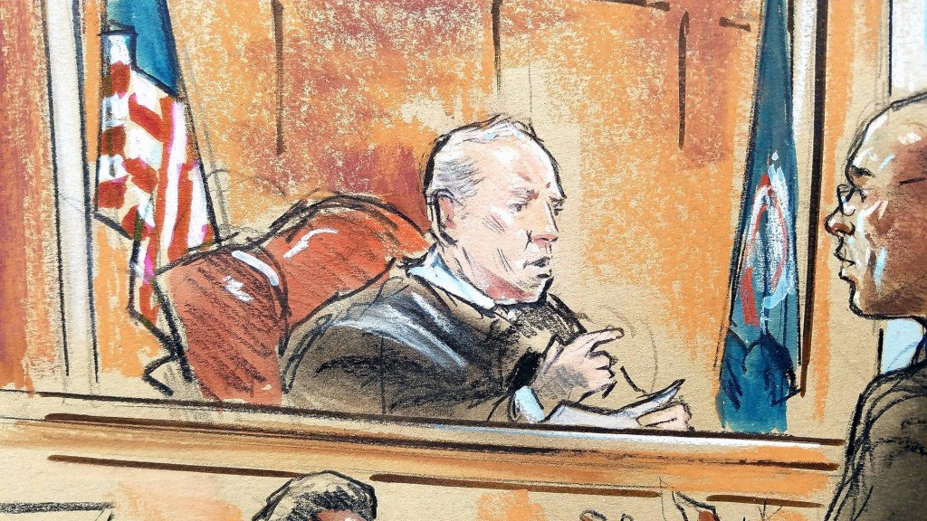 Manafort judge weighed declaring mistrial over jury issues
