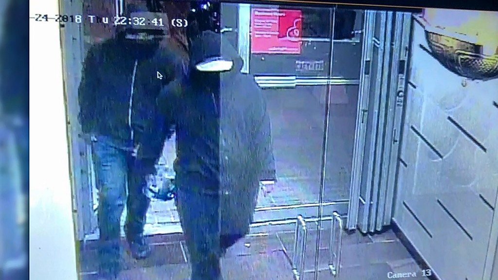 2 men wanted after blast injures 15 people at restaurant near Toronto