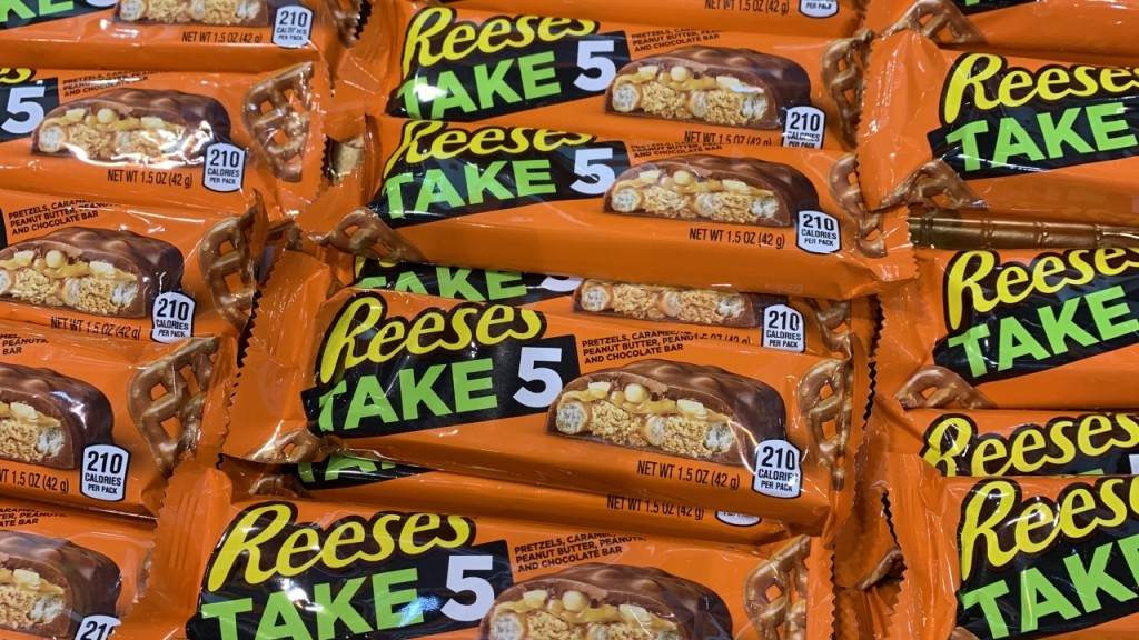 Hershey's gives its best candy bar a makeover
