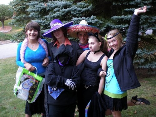Sound Off for October 31st: Punish teens for trick-or-treating?