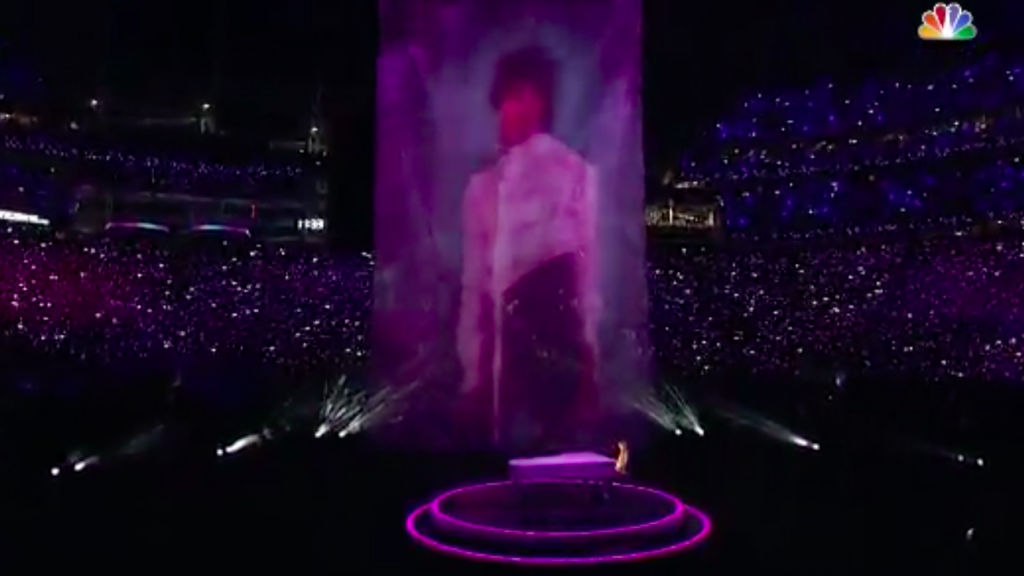 Justin Timberlake pays tribute to Prince during Super Bowl halftime
