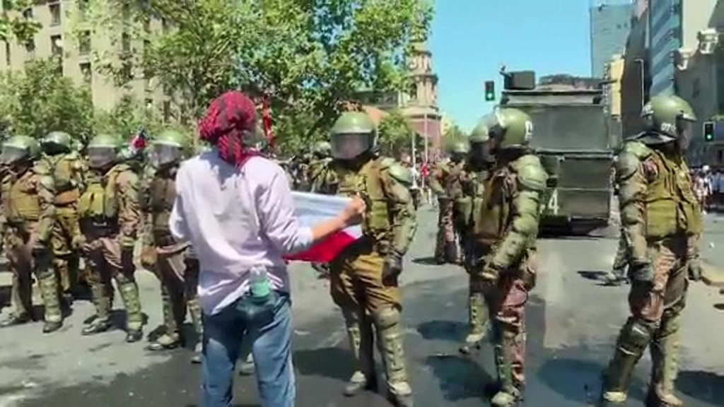 Fresh unrest erupts in Chile despite Cabinet reshuffle