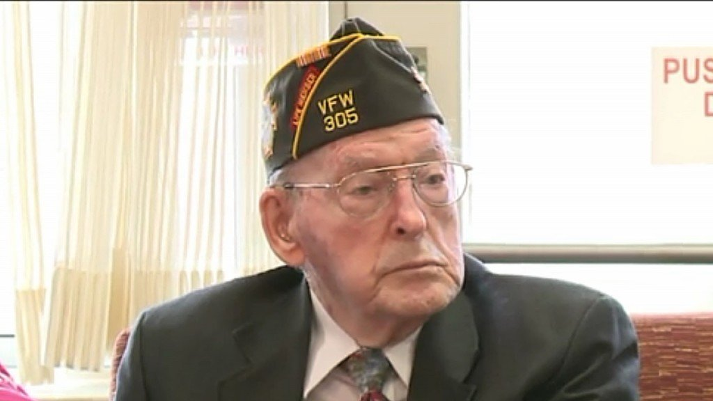 World War II veteran receives medal 73 years after service in Guam
