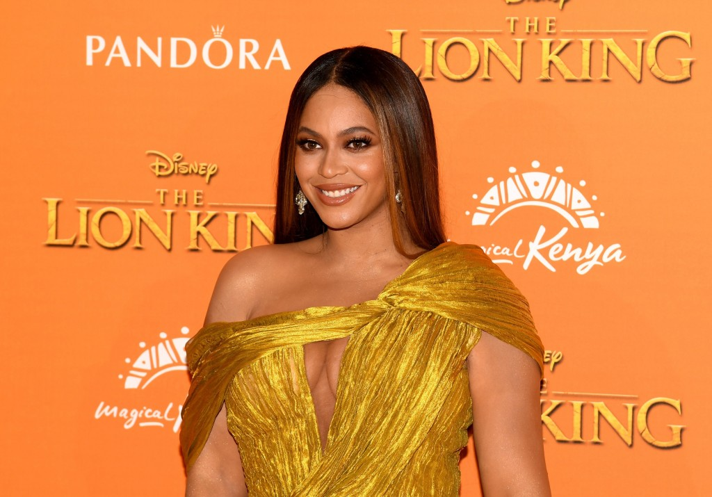 Beyoncé takes fans behind the scenes with documentary