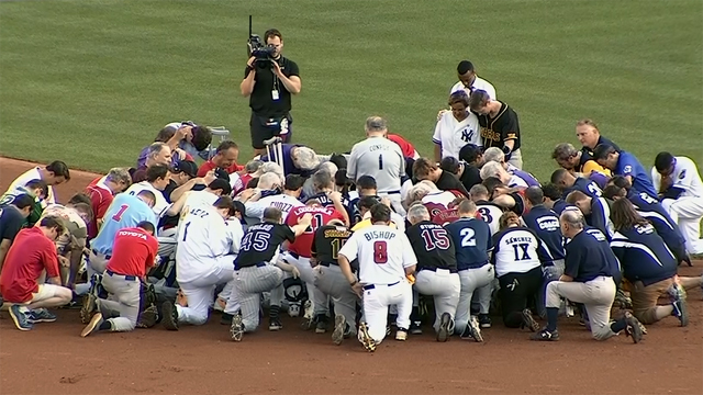 Dems win emotional congressional baseball game, 11-2