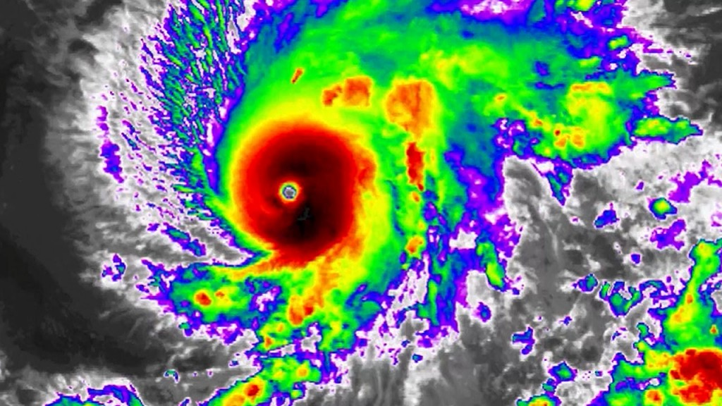 Hurricane Lane is heading for Hawaii as a dangerous Category 4 storm