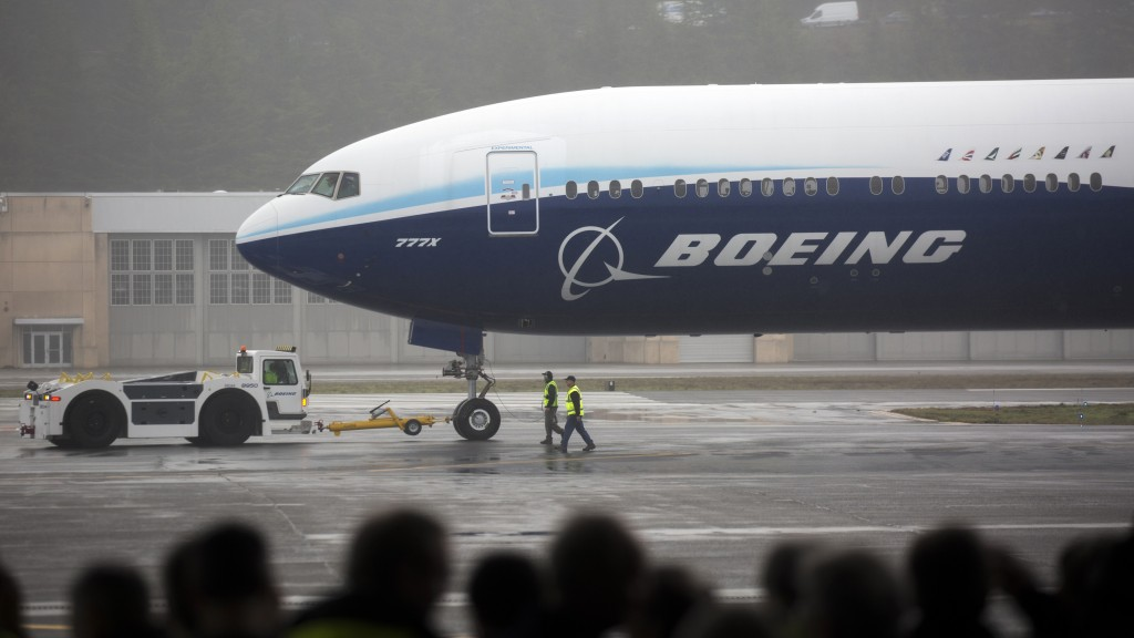 boeing cuts jobs