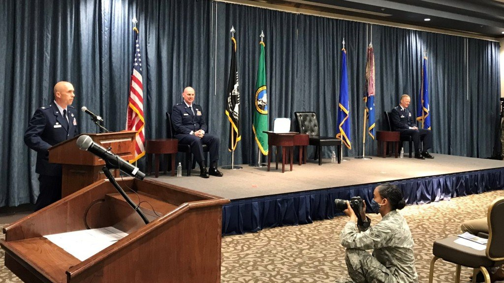 Col. Bentley takes over base command of Fairchild AFB