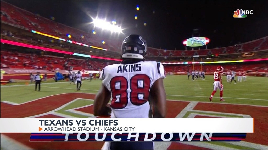 Former Spokane Indian Jordan Akins caught a 19-yard TD from Deshaun Watson
