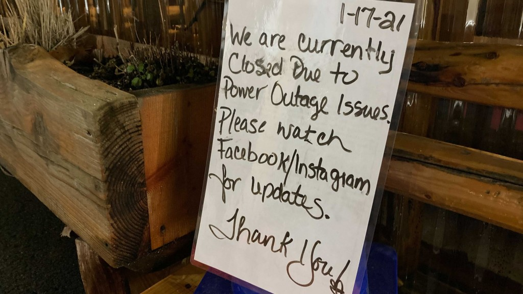 Outlaw BBQ remains in the dark due to power outage