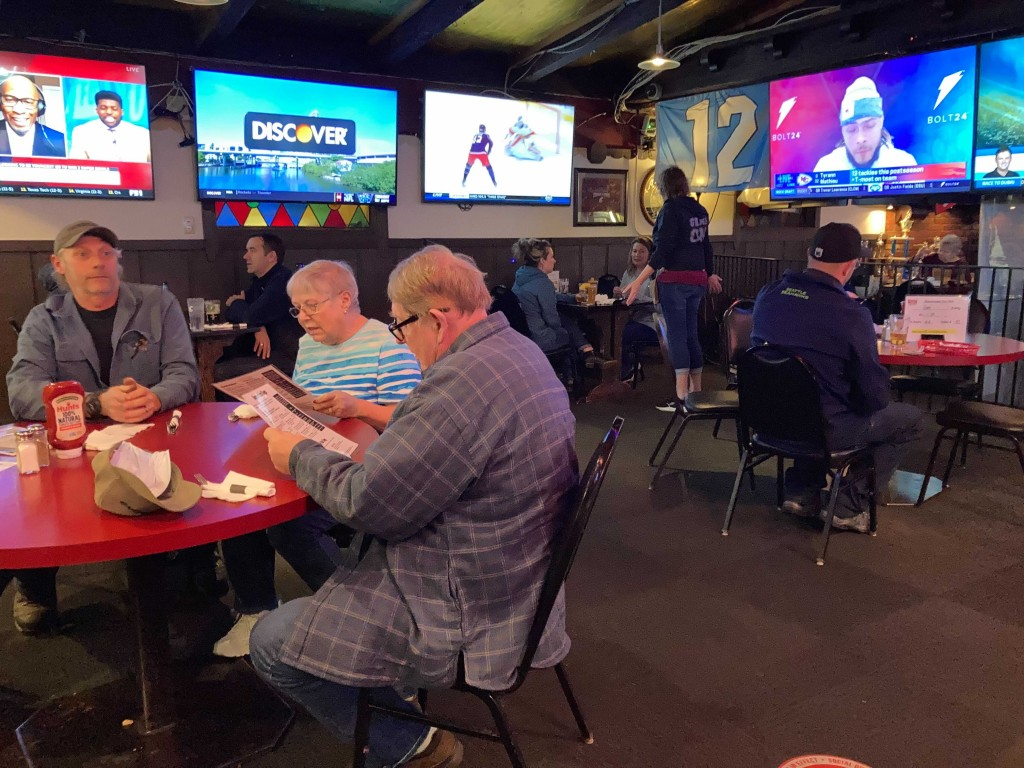 Local restaurants stuck under phase one dining restrictions