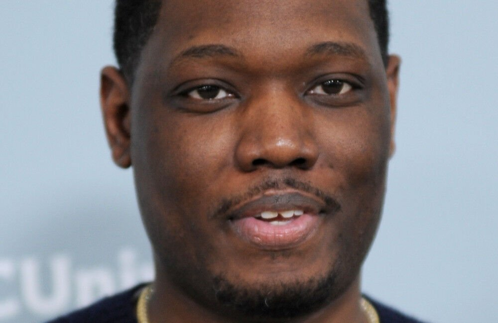 Michael Che Defends Snl Skit Following Cultural Appropriation Backlash