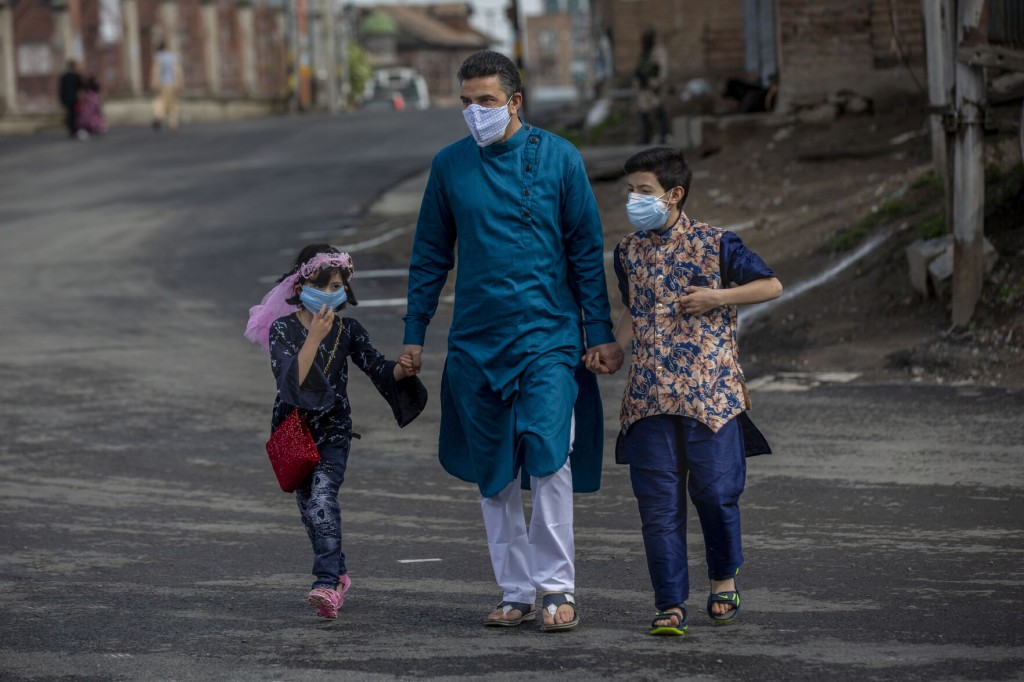 The Latest: Sri Lanka Banned Travel Throughout Country