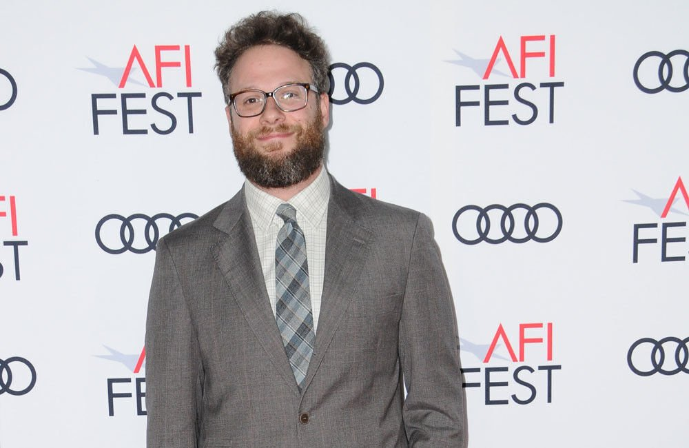 Seth Rogen Peed In A Bottle Before 'odd' Encounter With Tom Cruise