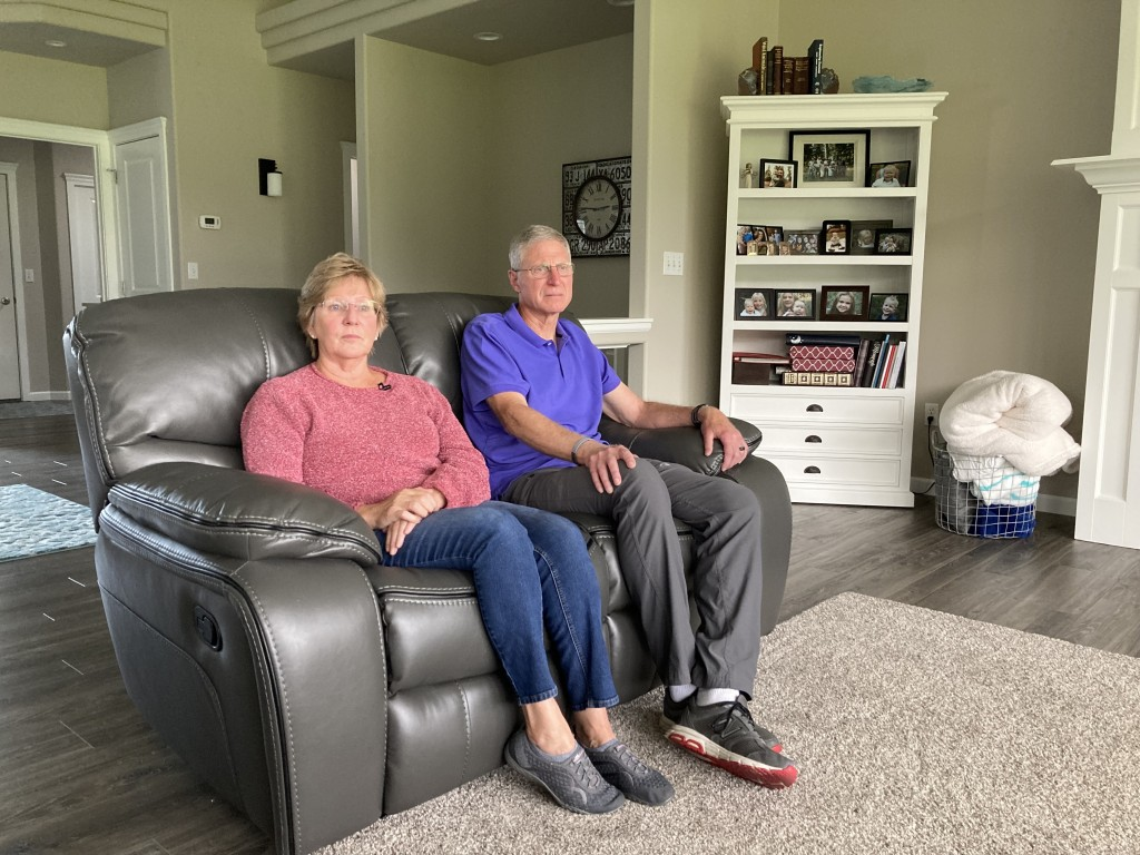 Alzheimers Couple Janet And Alan