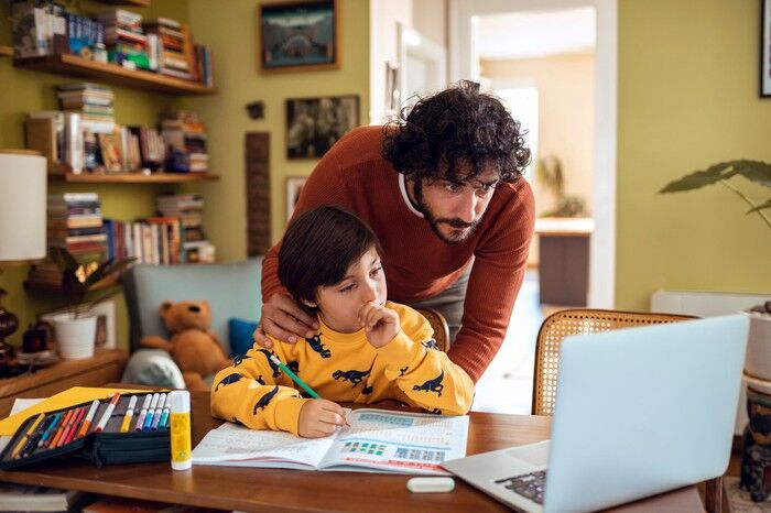4 Best Money Tips Parents Can Give Their Children