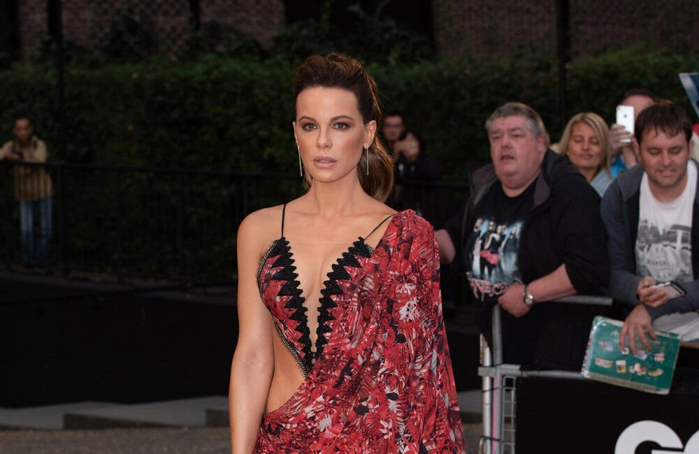 Kate Beckinsale Is Thinking About Finishing Her Degree At Oxford University