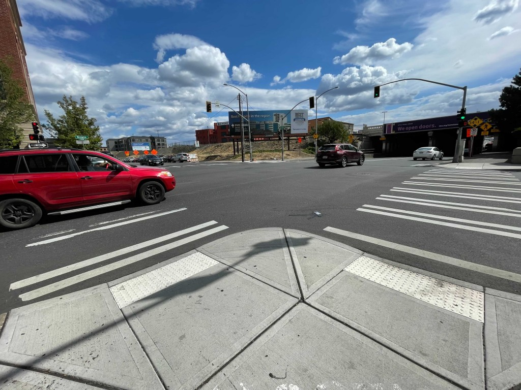 Intersection of Sprague and Browne